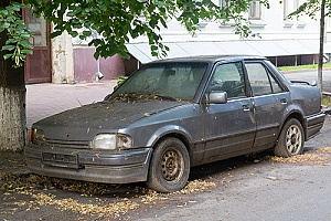 a car that has rust on it and will be taken to a body shop