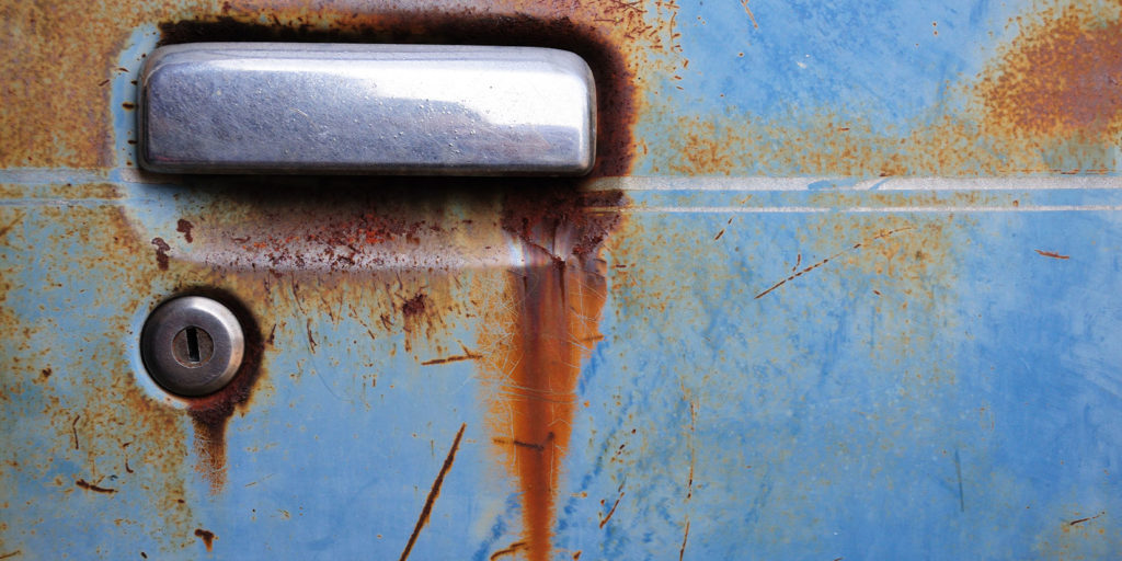 handle that need to know how to repair rust on a car